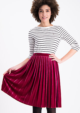 pleats please skirt, red velvet, Skirts, Red